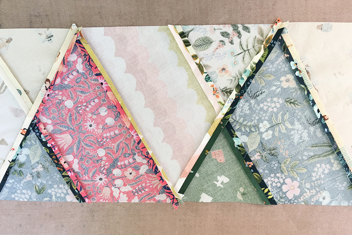 Easy Modern Triangles Quilt Tutorial | Create a beautiful